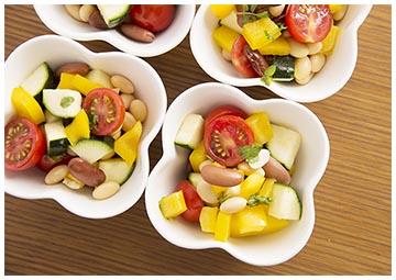 彩り野菜のデリサラダ
